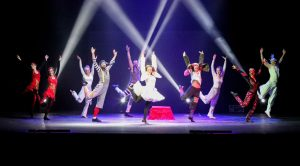 Argolla Wonderland - Acrobatic Show for Kids - Dancers
