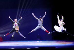 The Journey to Argolla Wonderland - Acrobatic Show for Kids - Dancers