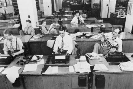 The_New_York_Times_newsroom_1942