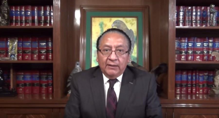 Abogado acusa a AMLO de lavado de dinero y lo denuncia ante la PGR