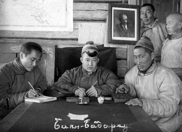«Нацменские дивизии»: национальные части в РККА во время ...
