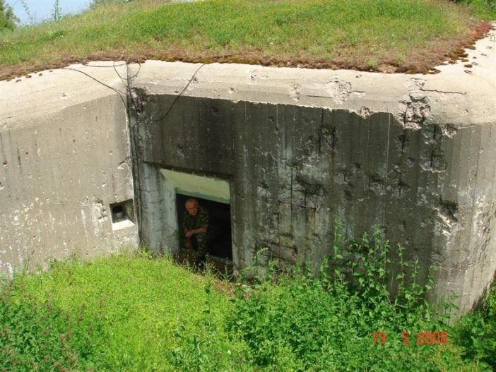 """The """"hidden"""" entrance at Arpalouki fortress. Note the bullet holes on the walls, a vivid reminder of the fierce battles that took place exactly here in April 1941"""