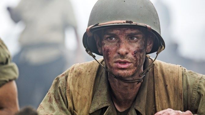 Andrew Garfield in Hacksaw Ridge (2016).