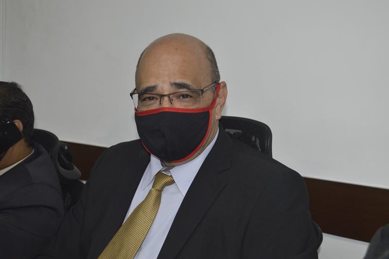 Imagem Chico Estrella questiona desencontro de informações sobre doses de vacina destinadas ao município