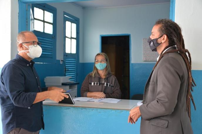 Imagem Bancada de Oposição faz visita de fiscalização nas escolas municipais