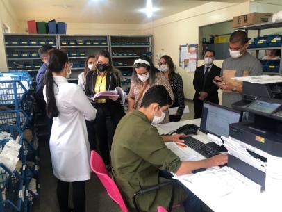 Imagem Vereadores visitam Hospital Esaú Matos para verificar irregularidades apontadas em auditoria