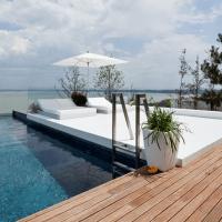Locuinta moderna cu piscina | Cartierul rezidential Brates Lake Galati