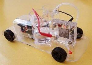 slika 4 - model automobila na vodik
