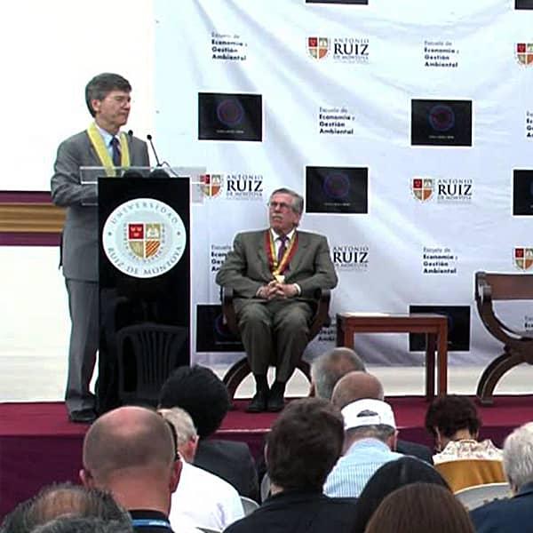 Jeffrey Sachs en la UARM