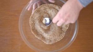 açúcar mascavo e demerara misturados para o cookie de chocolate