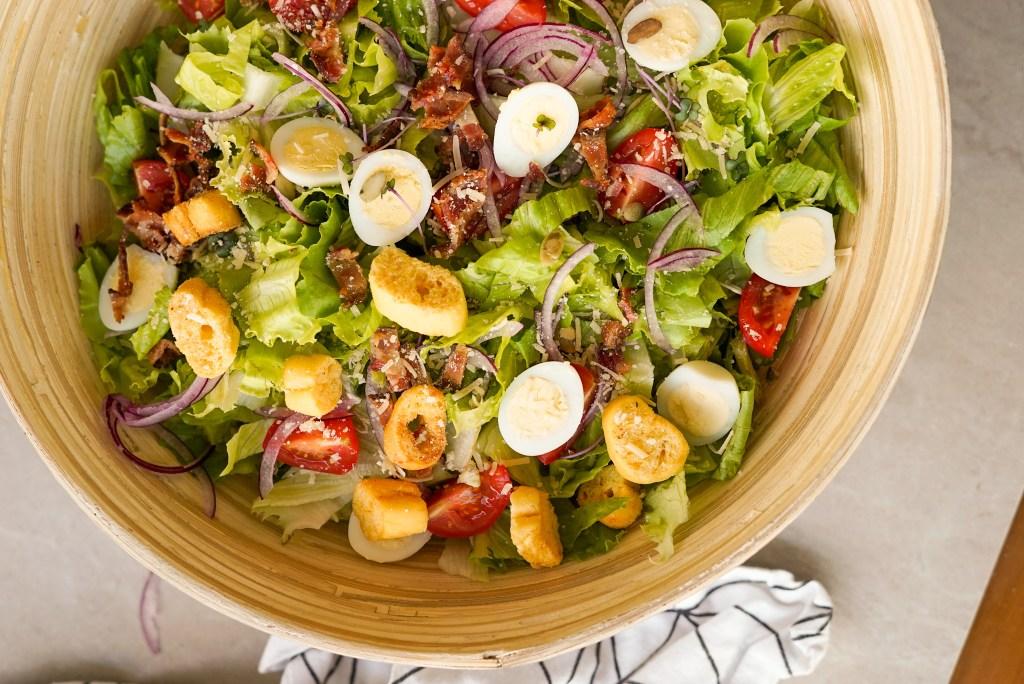 como fazer saladas saborosas para o jantar