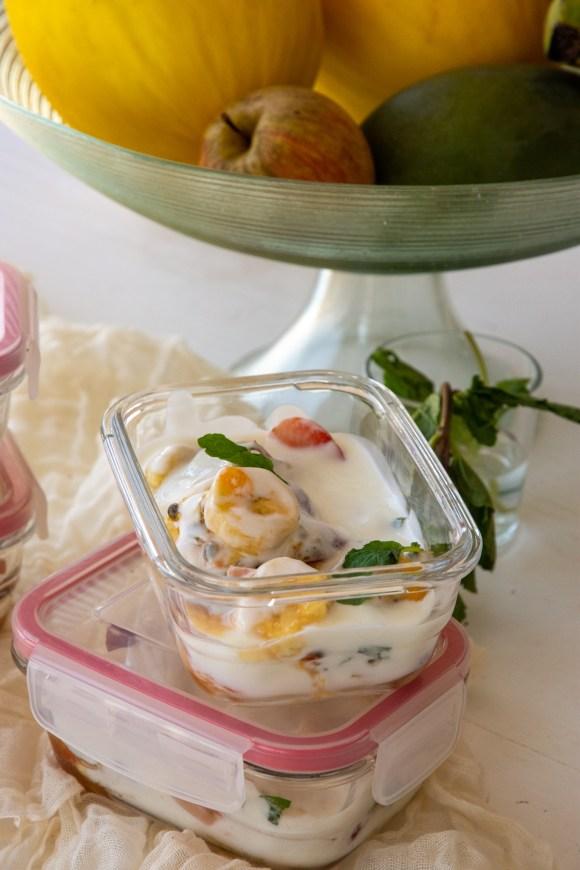 como fazer salada de frutas com iogurte natural - sobremesa saudável para a semana