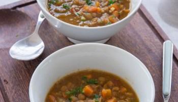sopa de lentilhas e legumes fácil para toda a sua familia