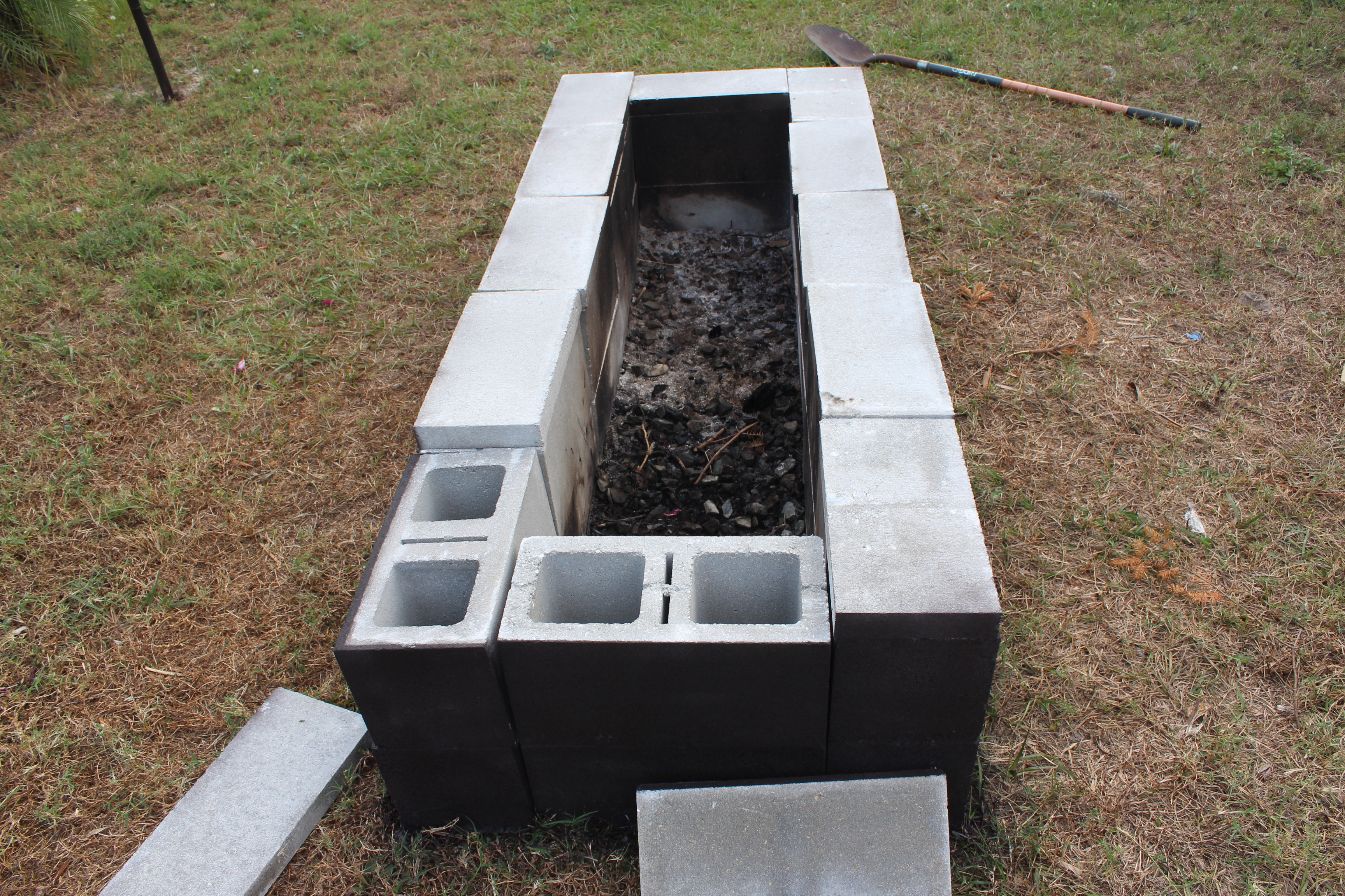 round cinder block fire pit » Design and Ideas on Simple Cinder Block Fireplace id=45386