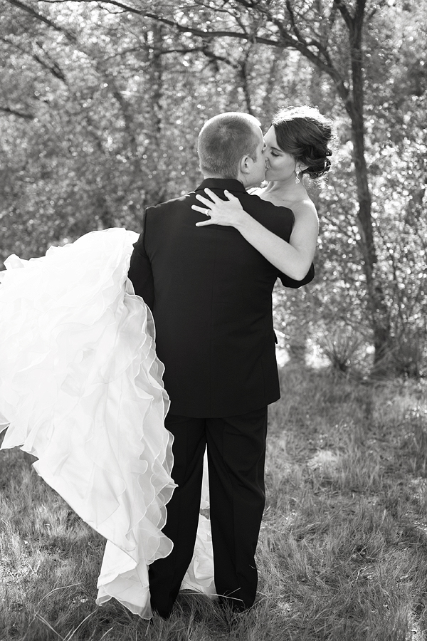 romantic black and white wedding picture in lubbock texas