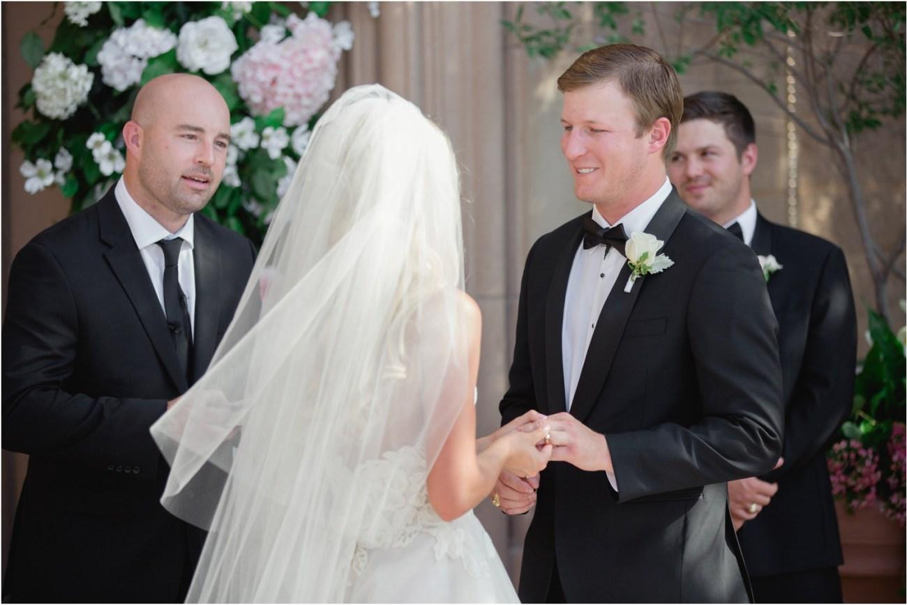 groom says vows