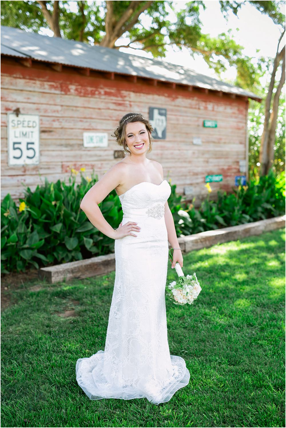 cotton creek lubbock bridal portrait