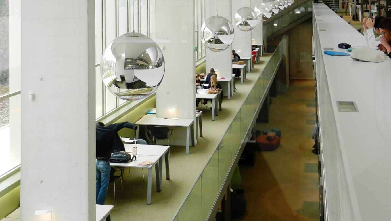 Aridi furniture at the University of Versailles in France