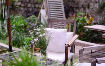 Five Places to Look for Your Outdoor Furniture This Summer