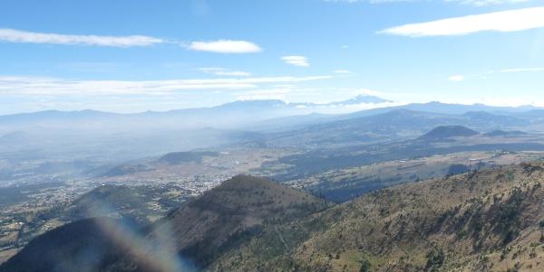 Volcanes Popocatepetl e Iztaccihuatl desde el Ajusco