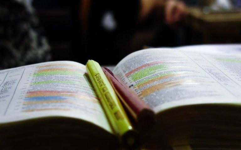 highlight bible