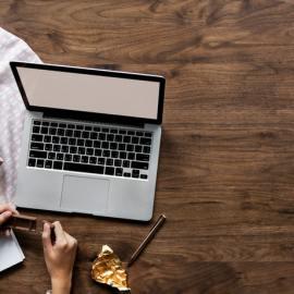 6 Manfaat Ini Akan Kamu Dapatkan Ketika Menjadi Seorang Blogger