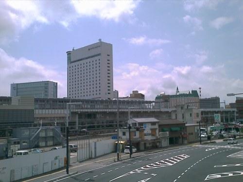 Stasiun JR Okayama dari arah belakang