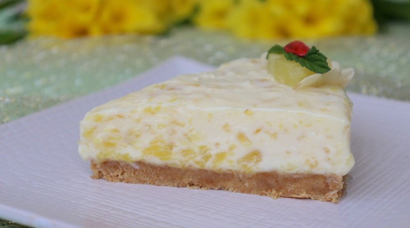 Kremasta torta sa ananasom