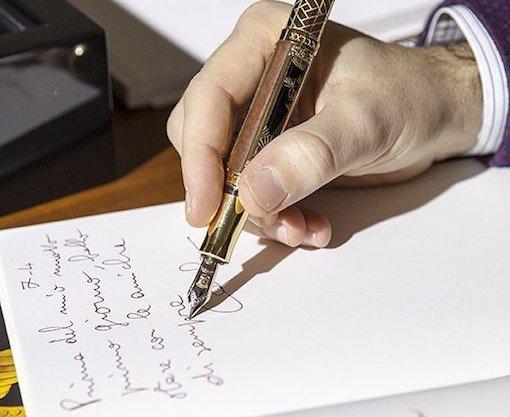 ビジネスシーンで使用していただきたいオシャレで使いやすいオススメボールペン3選