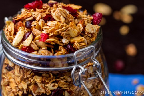 Cranberry Almond Granola #vegan #glutenfree