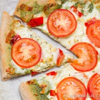 Pesto Pizza {with roasted red pepper, tomato and roasted corn}