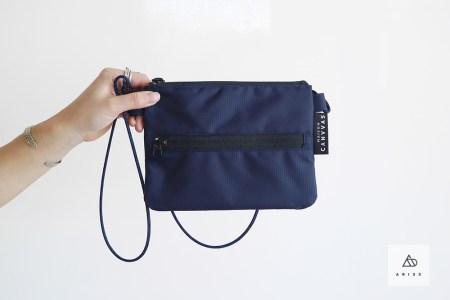 連休前に、夏に向けてもお財布代わりにもなる便利なトラベルポーチを一つ!