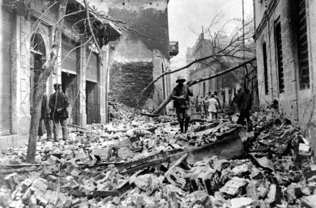 thessaloniki fire 1917.jpg