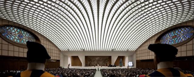 pope paul audience hall