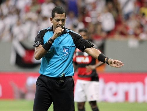 O carioca Wagner do Nascimento volta como árbitro do Alagoano-2017 para comandao o clássico de domingo (Foto: Divulgação)