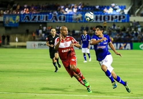 Em campo, CRB e CSA decidirão quem será o 'Bom de Bola' de 2017 no futebol de Alagoas (Foto: AILTON CRUZ)