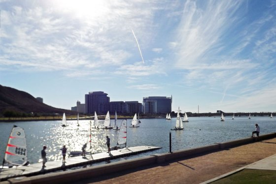Some 50 boats sailed on Tempe Town Lake Sunday, October 27. Photo: Phil Freedman