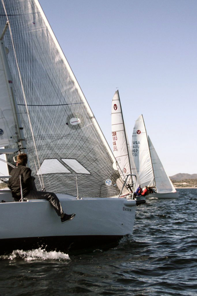 Vipers and J/80 crossing the start line. Photo: Charles Landis