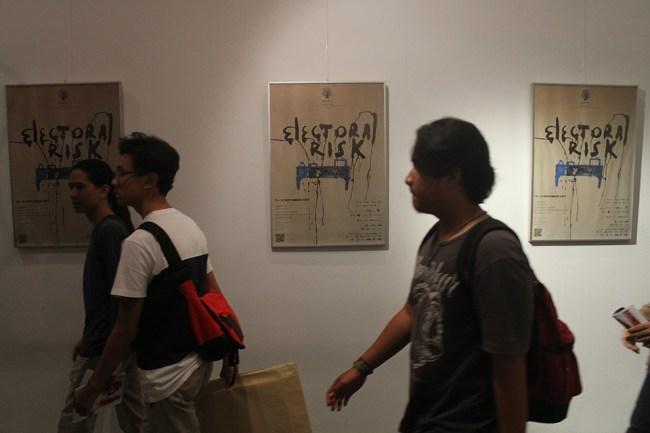 Juventius Sandy Setyawan (Juve)_ARKIPEL ©2014 Opening Night ARKIPEL Electoral Risk_14