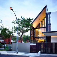 Lines of light - HYLA Architects: no boundaries between interior and exterior