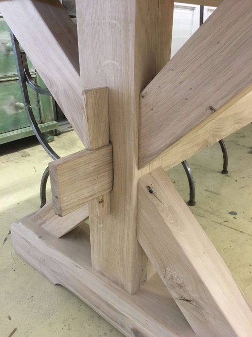 Oak dining table X end