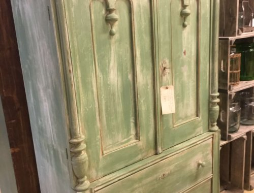 Vintage pine unit with two drawers and 2 doors