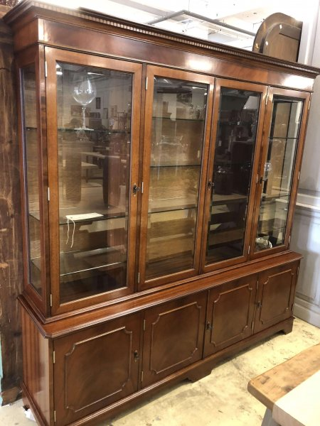 Beautiful solid wood display cabinet storage cupboard