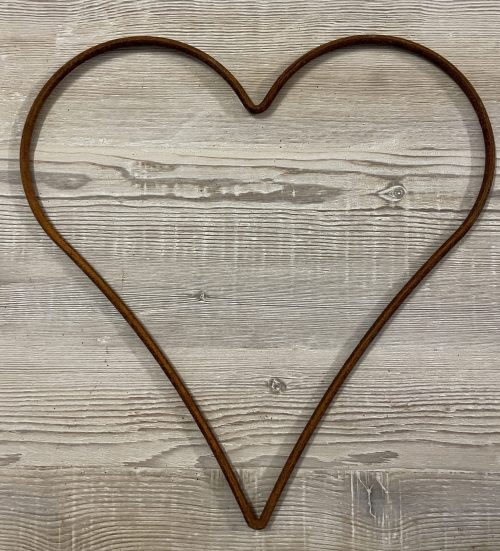 Metal Rusty Hearts from Arkvintage. Made from .5cm steel bar, naturally rusted. Various sizes available, see pictures for more detail. Available for postage or collection online.