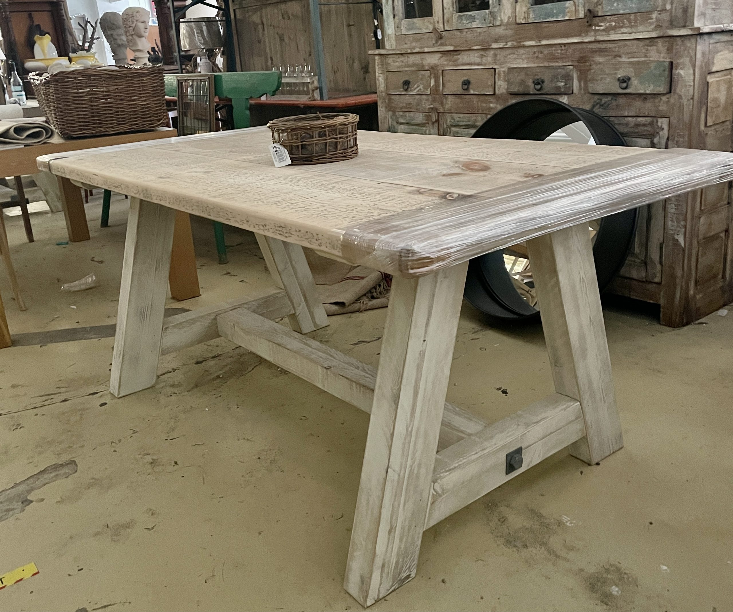 DINING TABLES RECLAIMED WOOD