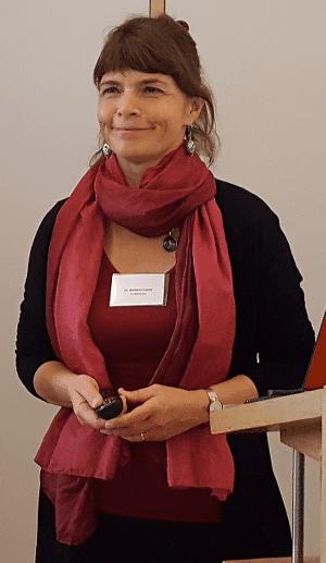Dr Barbara Cramer