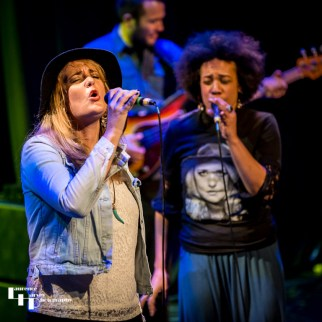 Elles Bailey & guest Lady Nade on vocals