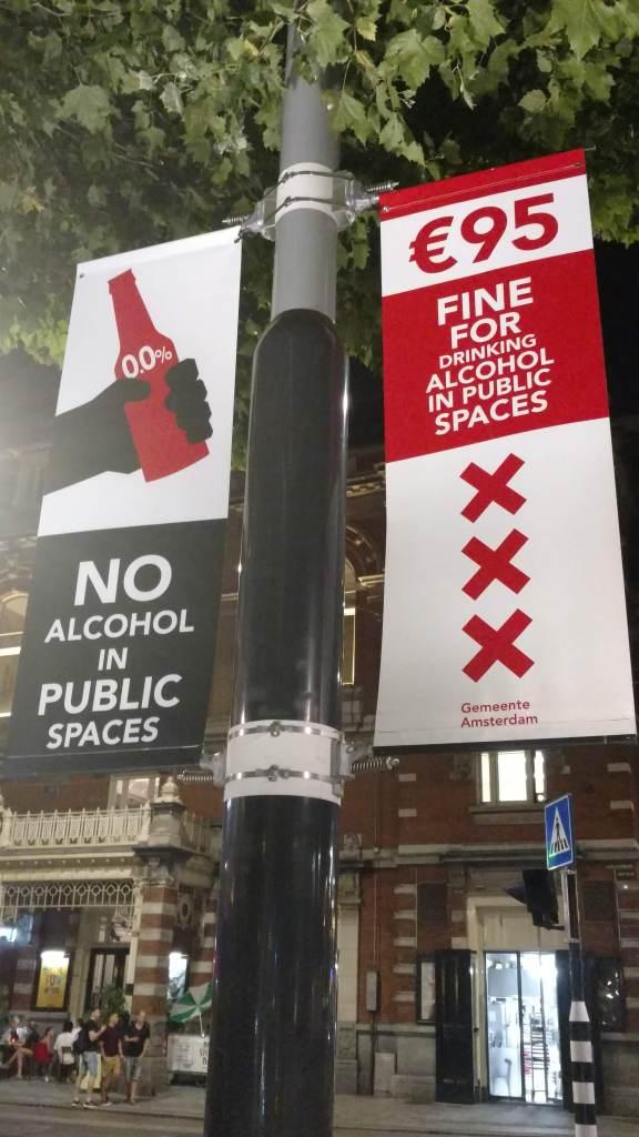 Prohibido tomar alcohol en espacios públicos