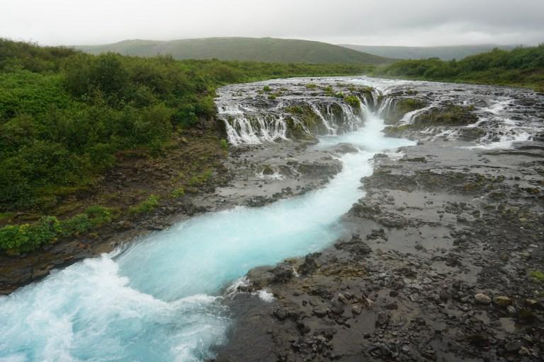 Cascada de Bruarfoss, un merecido desvío de la tradicional ruta por Islandia.