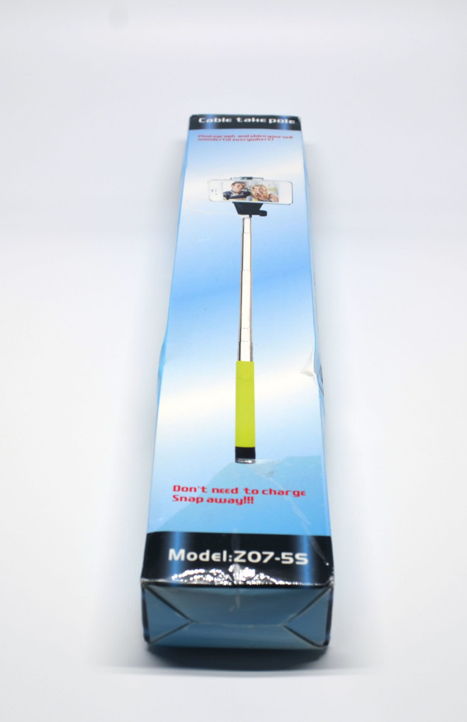 Cable take pole selfie stick packaging (front).
